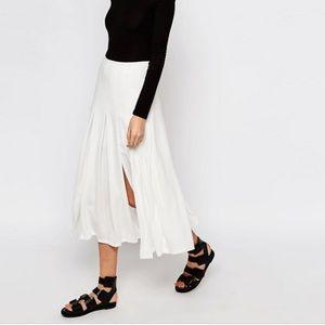 ASOS warehouse white pleated skirt